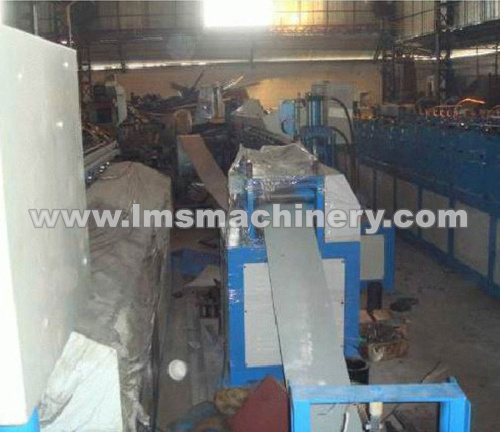 Door Frame Hole-Punghing Roll Forming Production Line
